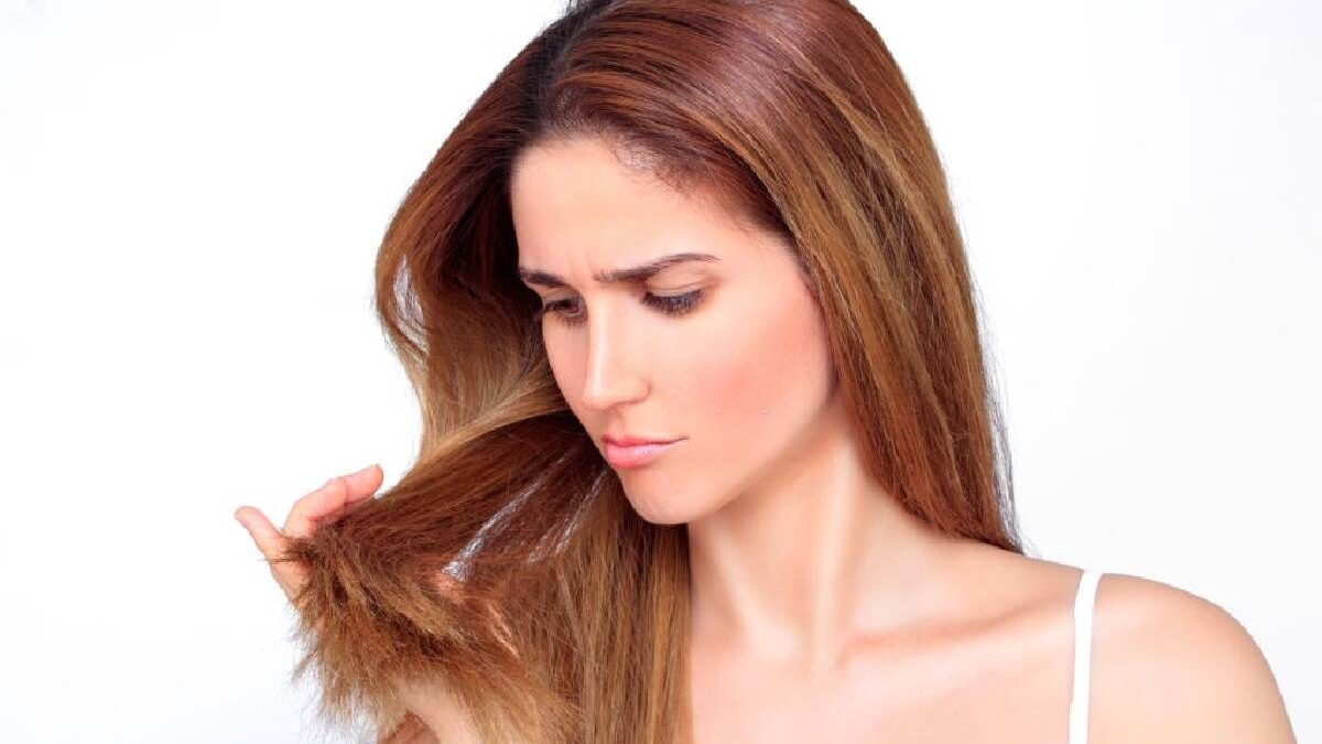 Hair Breakage – Causes, Haircare Devices, and More