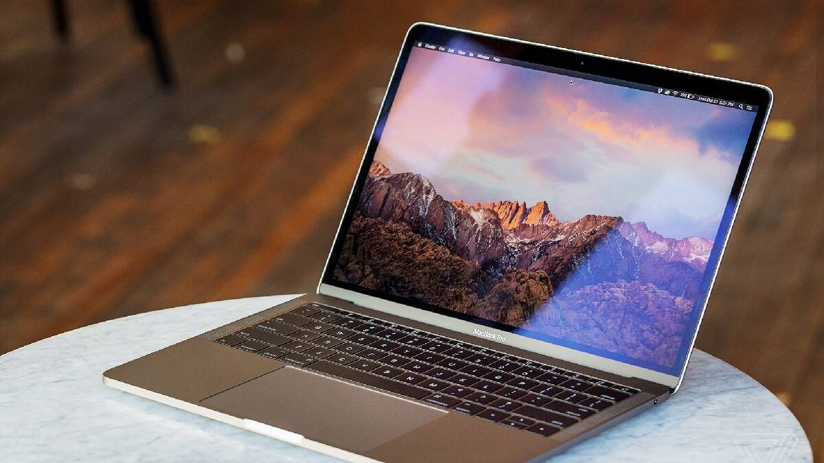 MacBook Pro Review – Design, Screen, and More